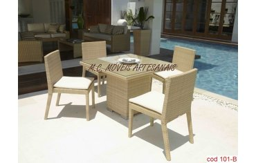 101B-jogo-mesa-cadeira-vime-sintetico-cubo-min