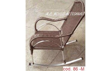 86M-cadeira-de-balanco-fibra-sintetica-vime-junco-sintetico-1-min
