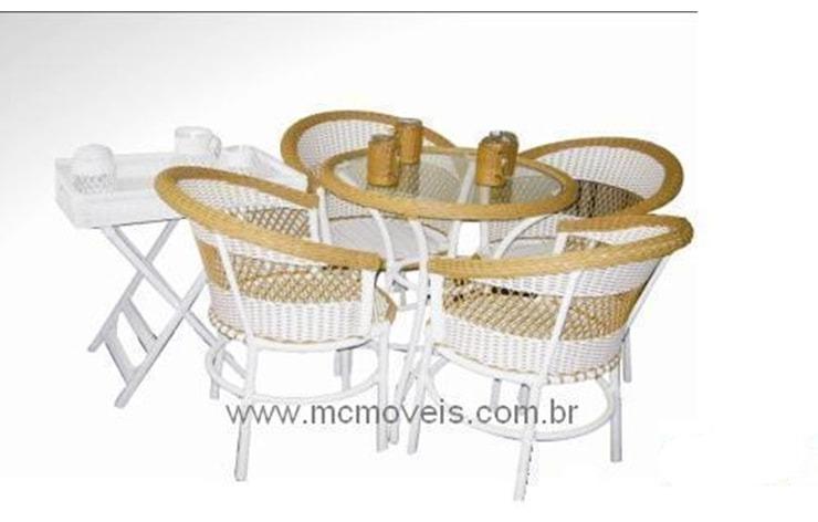jogo-mesa-e-cadeira-em-fibra-sintetica-aluminio-hotel