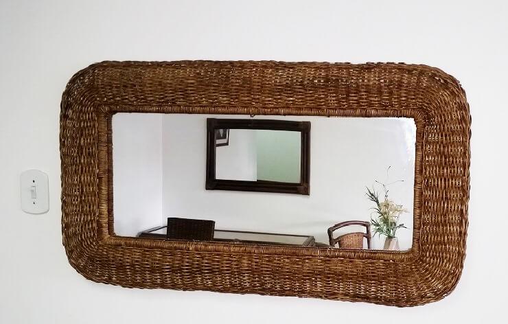 moldura-com-espelho-em-junco-natural