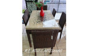 mesa-marmore-travertino-cadeira-fibra-sintetica-vime