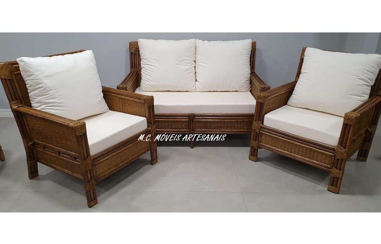 conjunto-sofá-poltrona-em-apui-fibra-natural